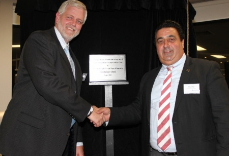 Parramatta Lord Mayor,  Cr John Chedid and Ramsay Health Care Chief Operating Manager for Australia and Indonesia, Danny Simms unveiling the plaque to officially open the new Oncology and Infusion Centre.