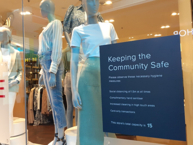 A business at Rouse Hill reminding customers to keep safe.