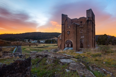The iconic Lithgow iron works.