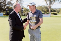 2013 NSW Open winner, Aron Price winner with CHCC President David Geraghty on the CHCC green.
